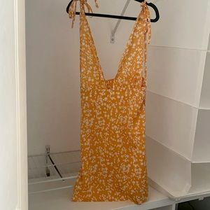 NWOT Yellow Floral Dress